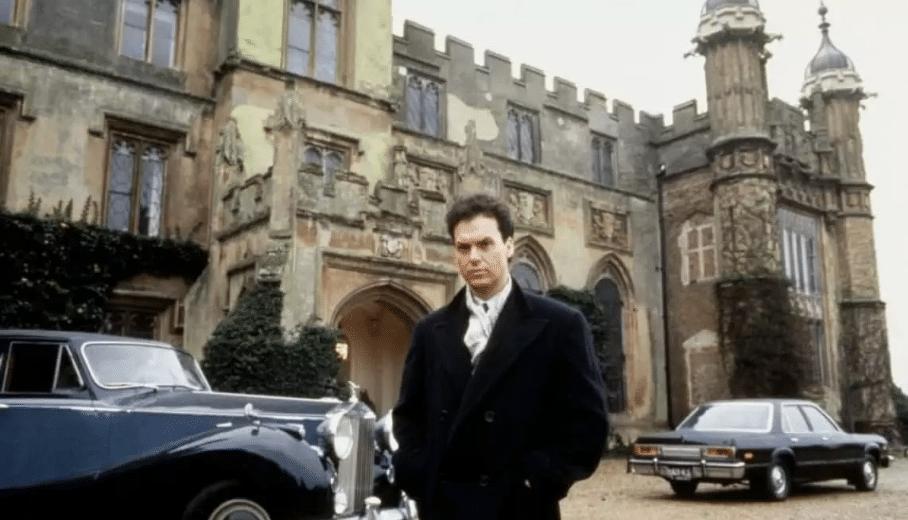 Michael Keaton em Burghley House, nas gravações de Batman (1989)