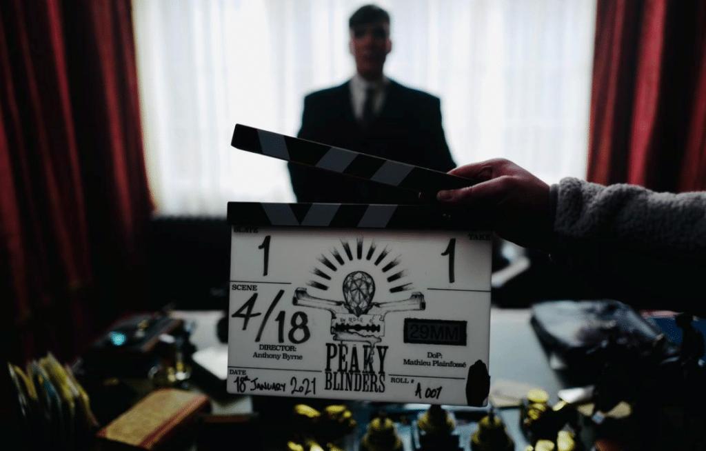 O início das gravações e o título do 1º episódio da 6ª temporada de Peaky Blinders